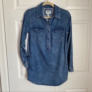 POP OVER DENIM TUNIC WITH POCKETS